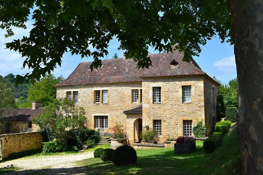 french-country-brick-and-stone-combinations-9160998