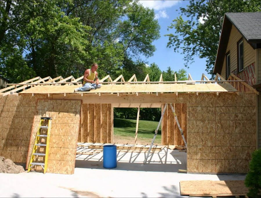 framing-a-garage-addition-to-an-existing-house-1-7583247