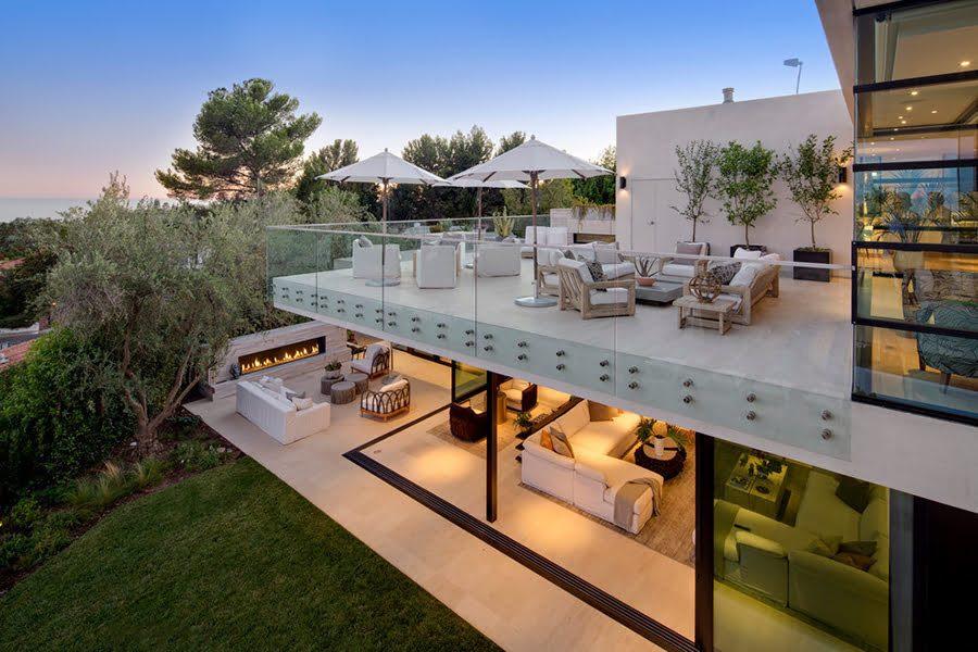 indoor-outdoor-patio-1778794