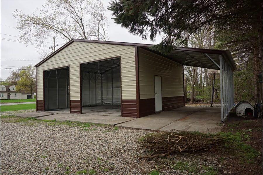 lean-to-garage-2088475
