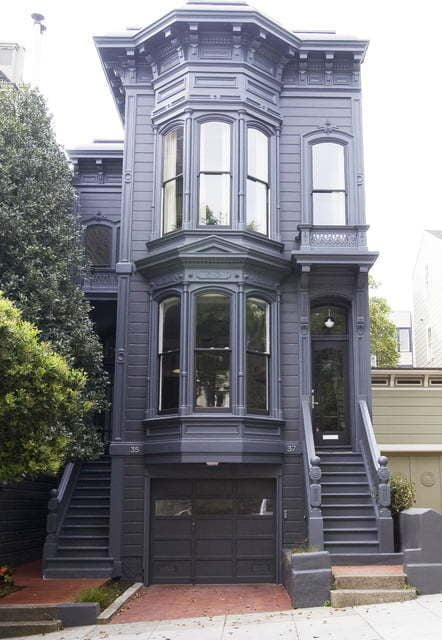 two-story-bay-window-exterior-7056590