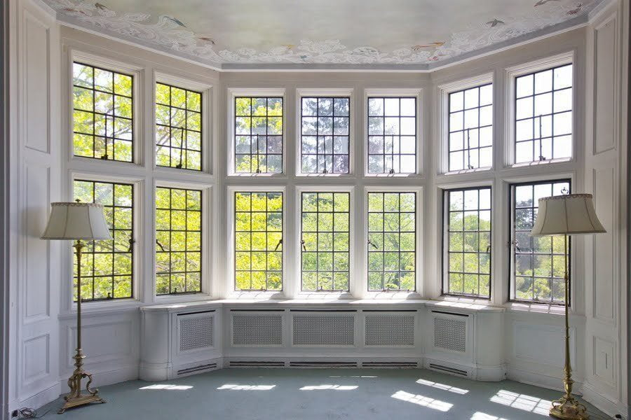 large-bay-window-9827384