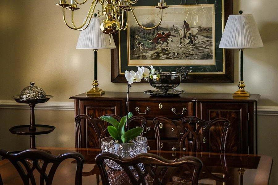 mahogany-furniture-5941173